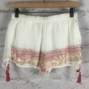 NWOT Band of Gypsies Shorts Tie Side String Sz M
